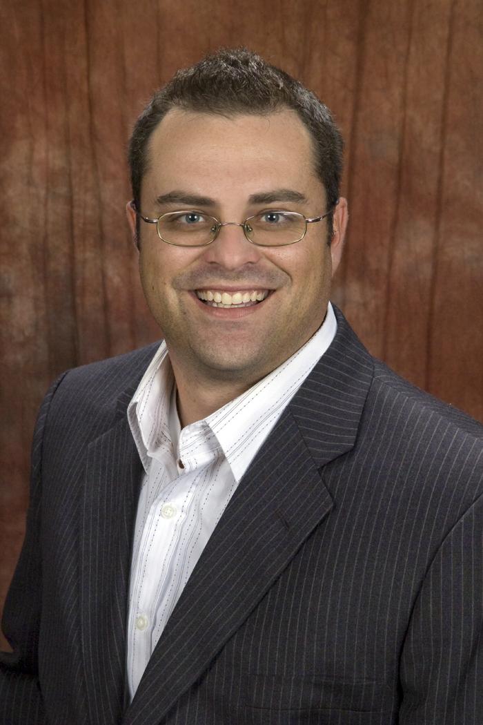 Derek Elliott